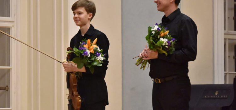 Wiktor Dziedzic wystąpił z recitalem skrzypcowym na Akademii Sztuk Scenicznych w Pradze