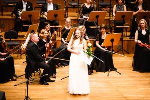 Uczniowie z filharmonią